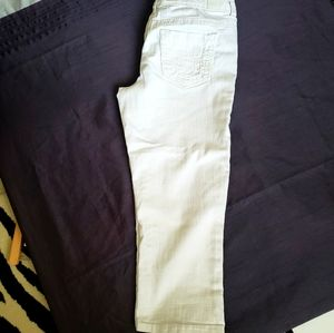 """""""Maurice's"""" White Croped Jean's Size7/8"""